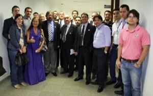 001 2014 – Reunião da Mesa Central; Fórum das Entidades Municipais e PLC 13/2013 – Carreira de Estado